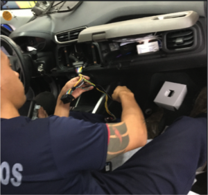 instalação-acessorio-automotivo