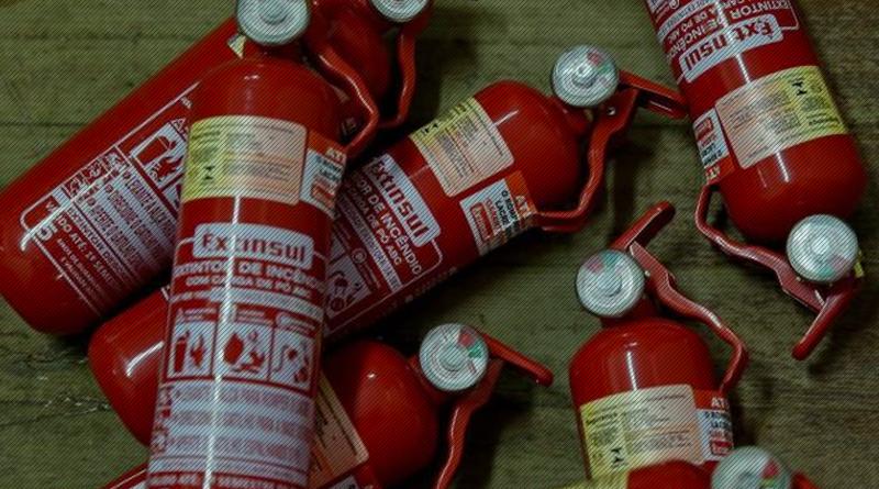 Extintores ABC nos carros podem voltar a ser obrigatórios