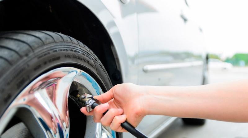 Como calibrar o pneu do meu carro? Por que calibrar o pneu do meu carro? Descubra aqui na MixAuto! %count(alt) Blog MixAuto