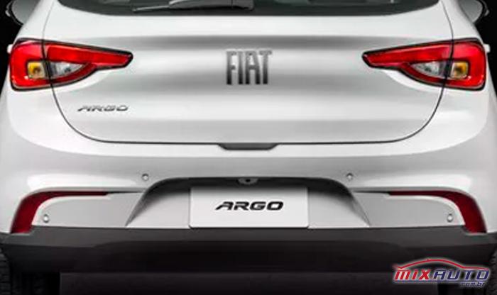 Sensor e câmera de ré do Fiat Argo