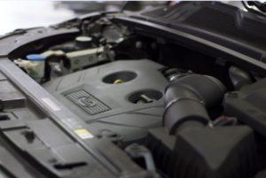 Motor 2.0 16v Turbo, com injeção direta de 240 cv.