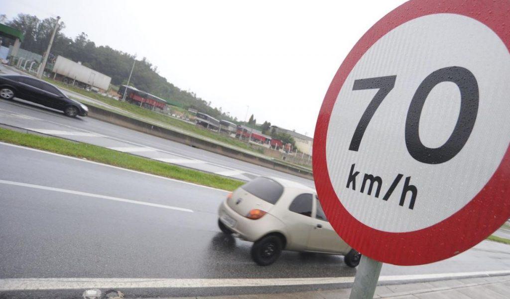 Respeite o limite de velocidade