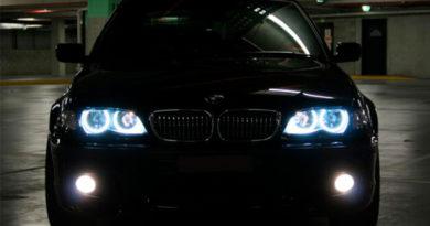lâmpada cool blue em BMW
