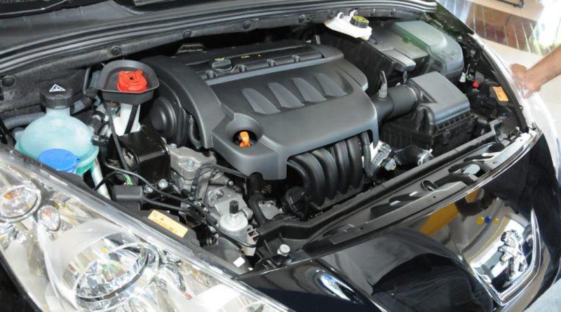 Renault Kwid rodas com 3 furos