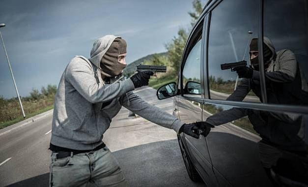 Scanner automotivo conectado ao carro
