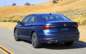 Novo Volkswagen Jetta - Tras