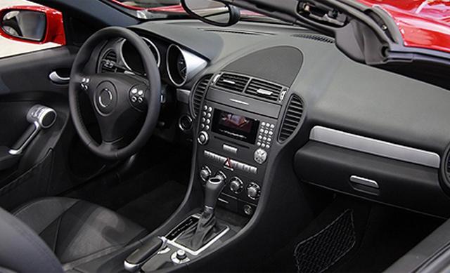 Como funciona a revitalização do painel e plásticos internos do carro? Devo fazer? Confira! %count(alt) Blog MixAuto