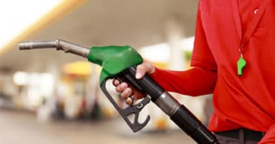 O que um combustível adulterado pode causar no meu carro? Abasteci com gasolina ruim, o que fazer? Confira aqui! %count(alt) Blog MixAuto