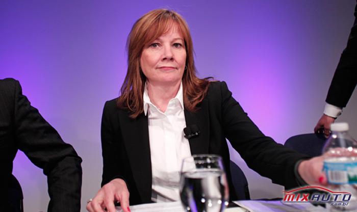 Maria Teresa Barra CEO da General Motors Company durante coletiva de imprensa