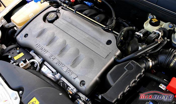 Motor do Fiat Marea 2.4 litros com 20 válvulas