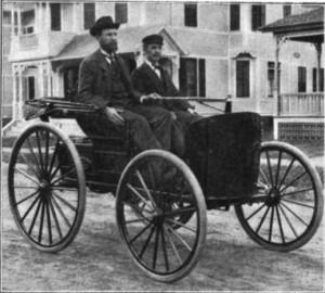 Os irmãos Charles (à esquerda) e J. Frank Durye (1984)