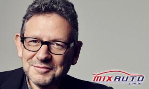 Diretor da Universal Music Lucian Grainge