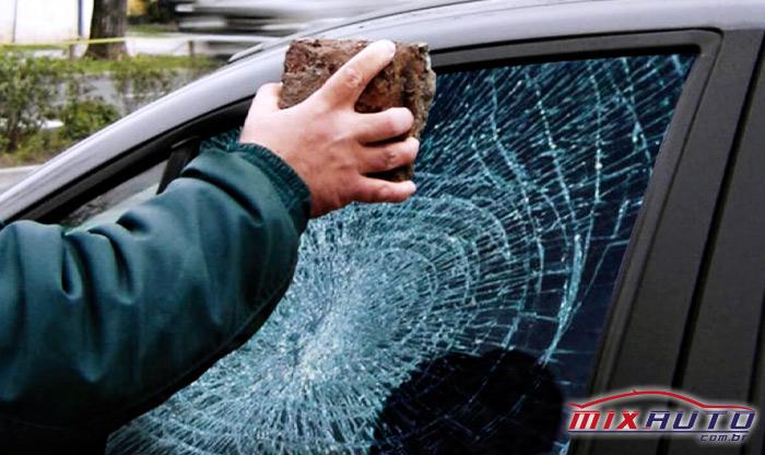 Película Antivandalismo para o novo SUV Raize
