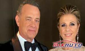 Ator Tom Hanks e sua esposa