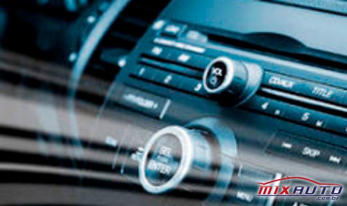 imagem de um ar condicionado com a Manutenção preventiva automotiva em dia, evitando que bactérias e vírus cheguem até o interior do carro