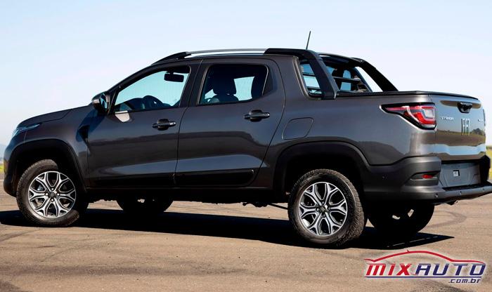 Imagem da nova Fiat Strada 2021 na cor cinza
