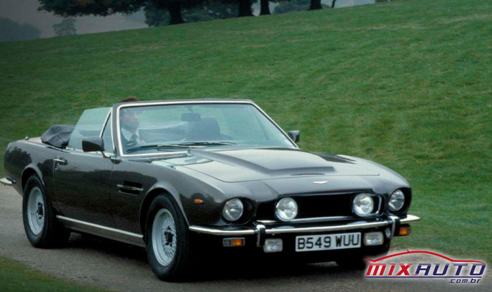 O modelo Vantage já apareceu na franquia de James Bond em 1977