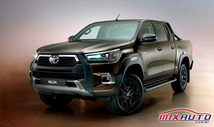 A Toyota Hilux passou por uma reestilização