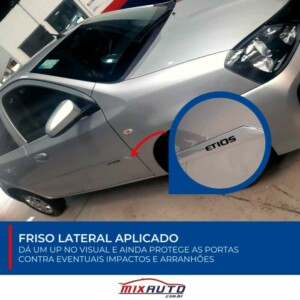 Friso Lateral do Toyota Etios instalado na Mix Auto