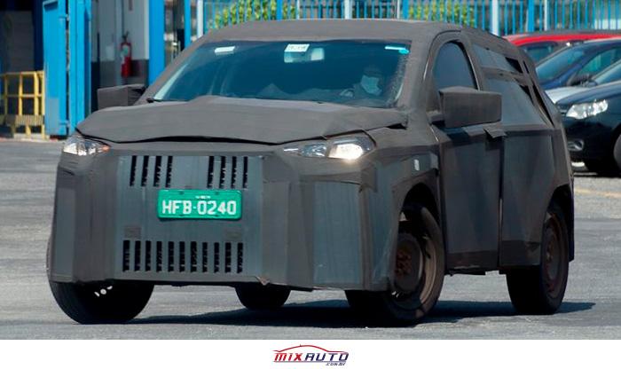 Flagra do novo SUV Fiat 363 disfarçado em Minas Gerais