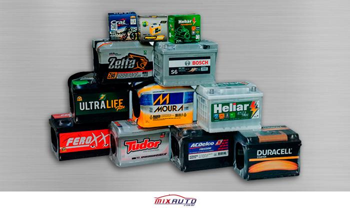 Principais baterias de carro do mercado empilhadas